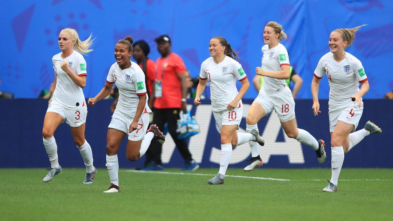 Norway W vs England W Football Predictions